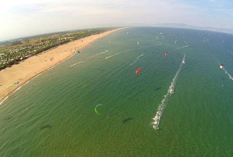 golf-de-roses-kitesurfing