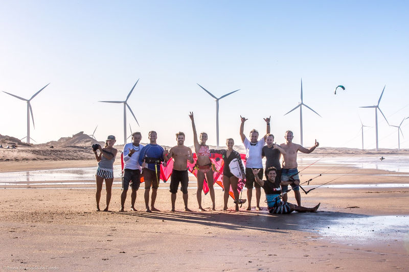 surfinsemfin-adventures-team-kitesurf