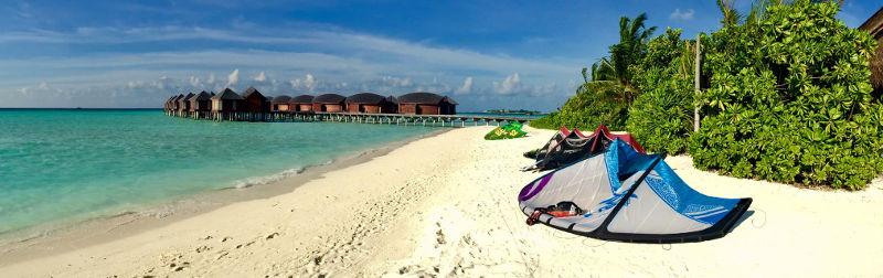 maldives-anantara-beach-kitesurf