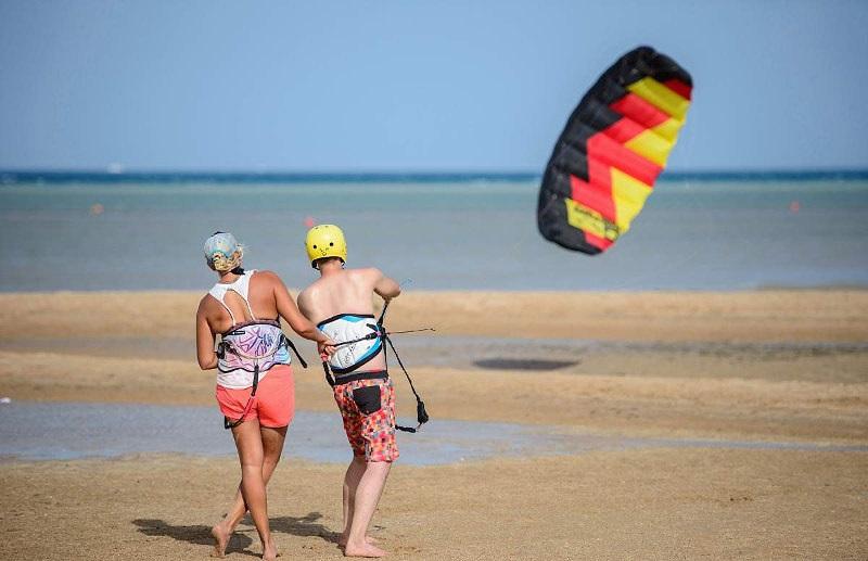 Learn-to-kitesurf-limnos