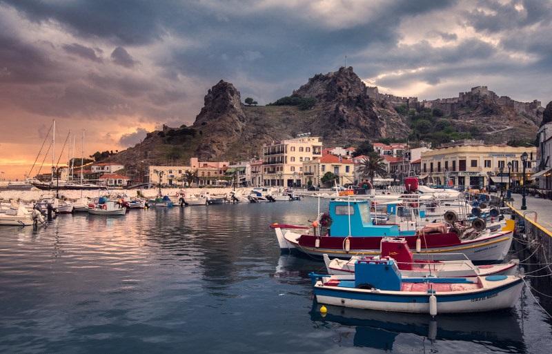 Myrina-harbour-limnos