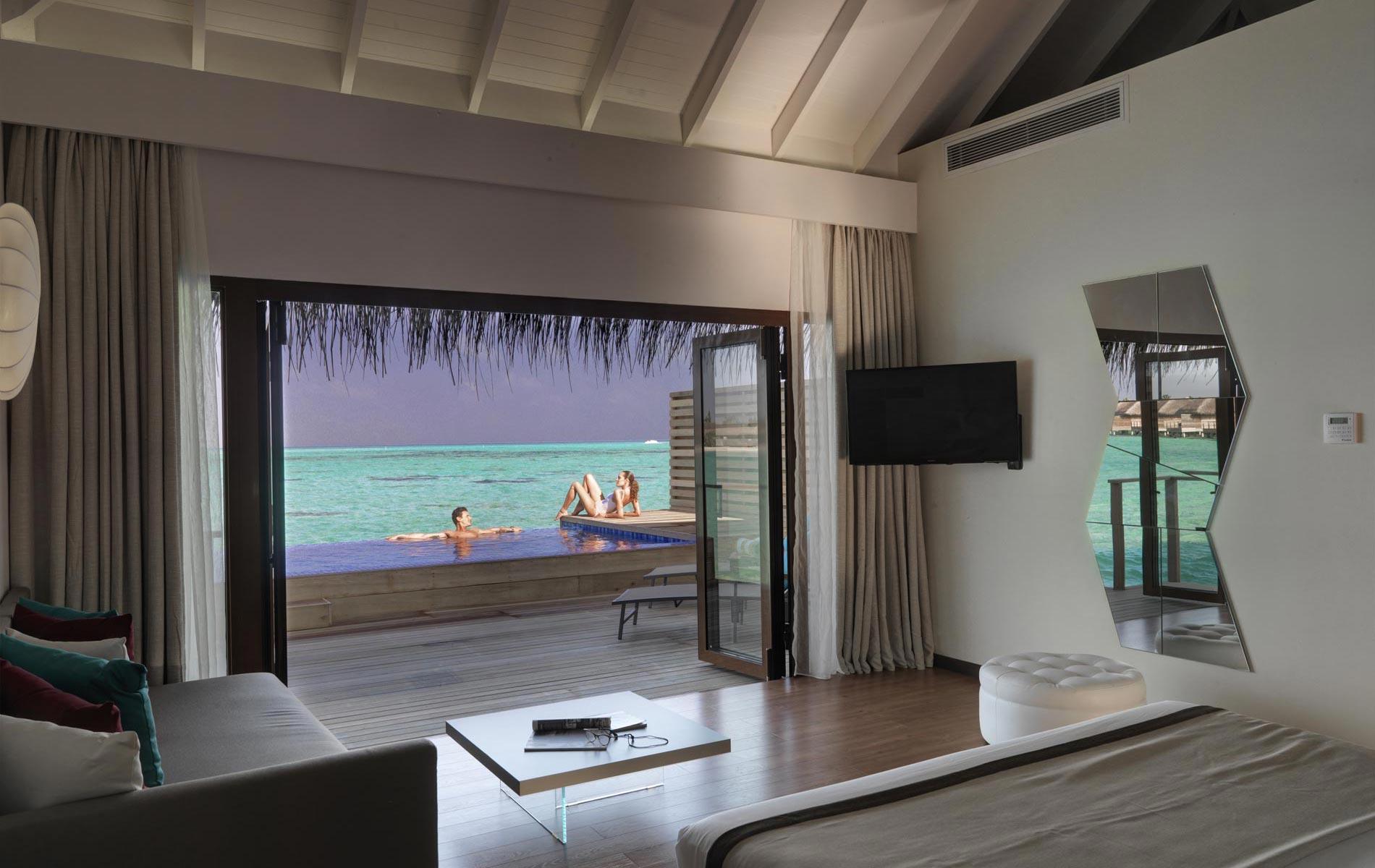 cocoon-resort-lagoon-suite-pool