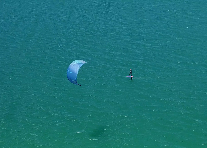 kitesurf-foiling