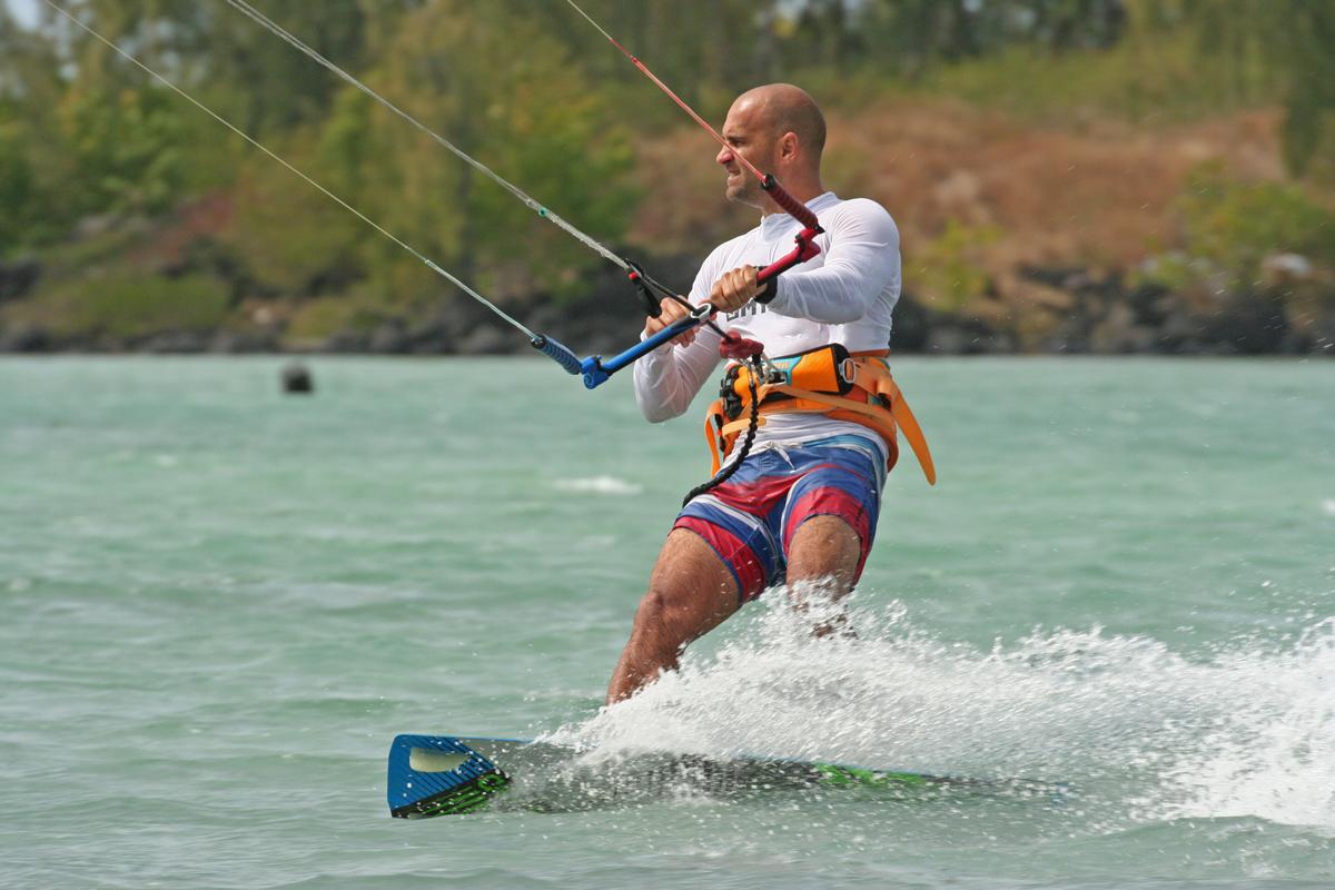 mauritius-anse-la-raie-kitesurfing
