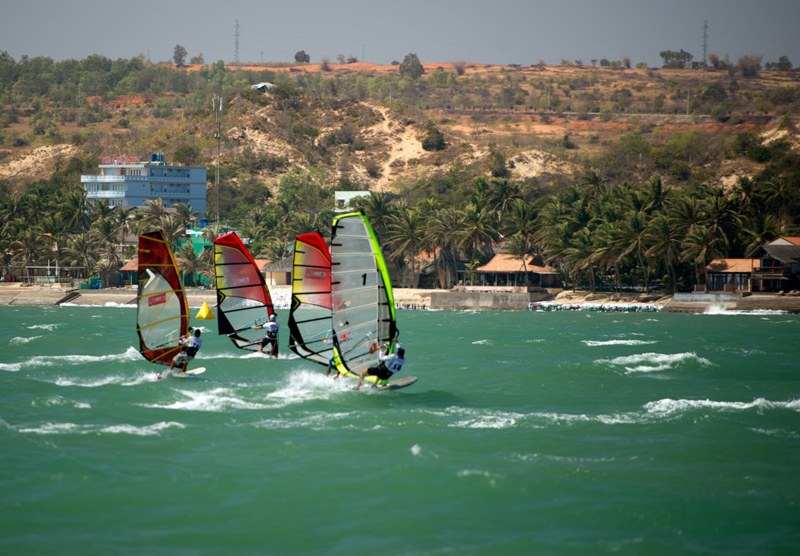 windsurfing-mui-ne
