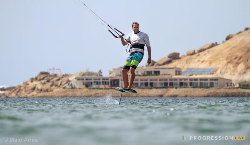 dakhla-kitesurfing-foil