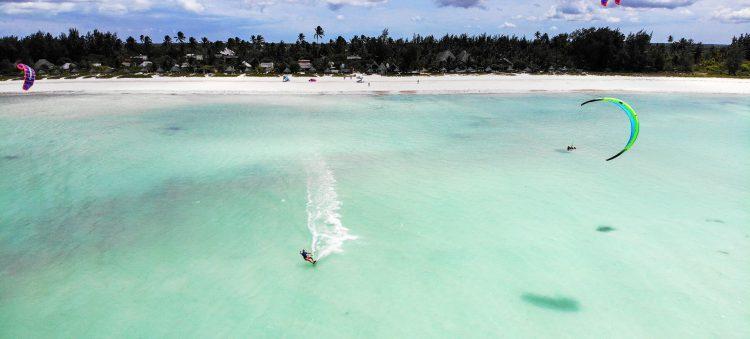 kitesurfing-zanzibar-tanzania