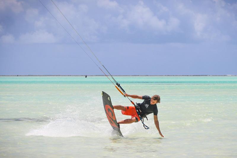 zanzibar-kitesurfing-tanzania