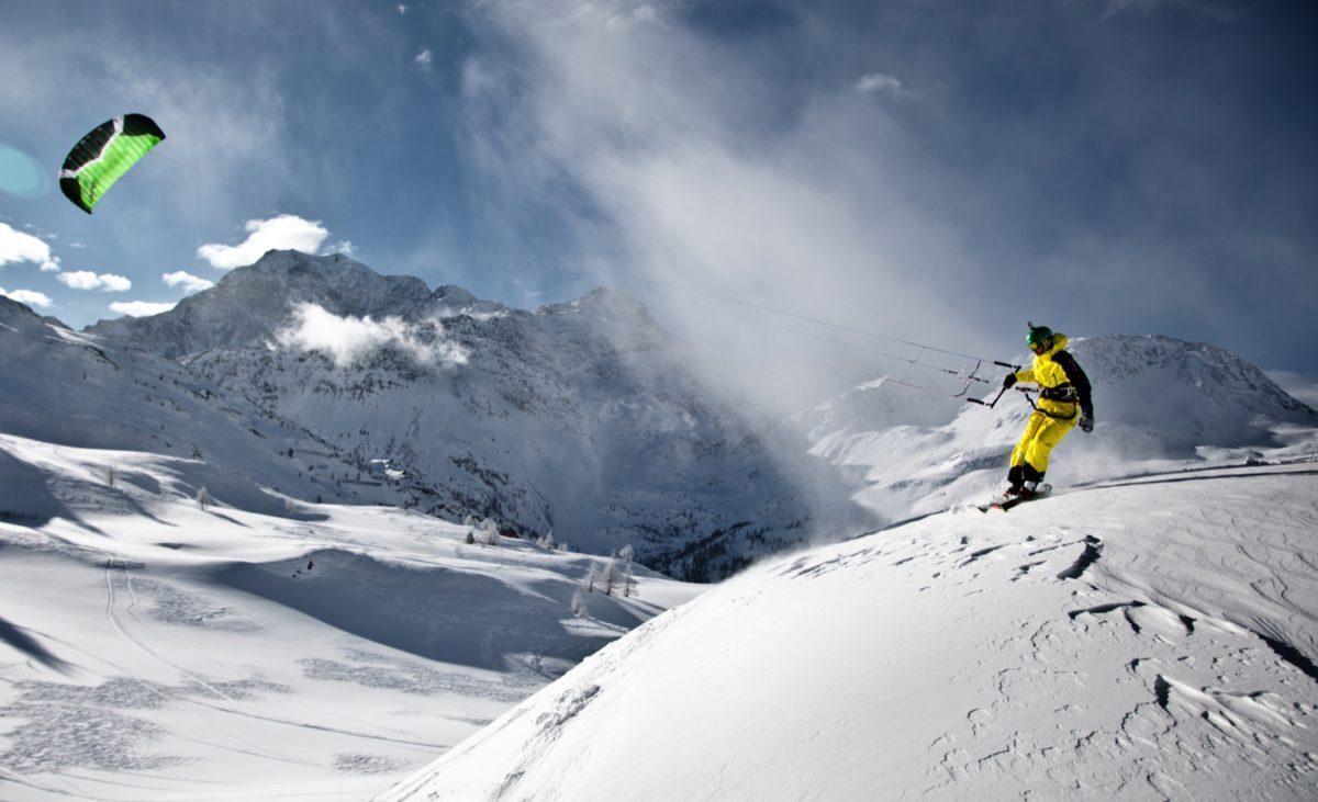backcountry-snowkiting-sandro-beutler