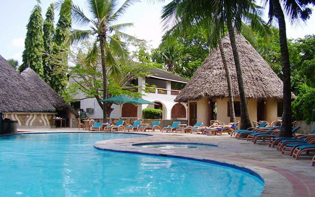 Hotels in diani: Pinewood Village
