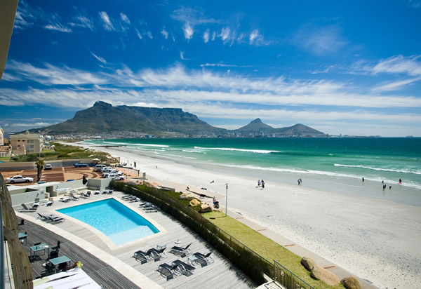 Hotels in cape town: Lagoon Beach Hotel